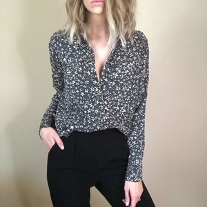 {Express} NWT button down blouse